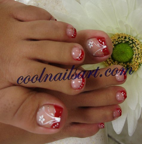Red_Toes_Flower_Nail_Art_Design_coolnailsart.com