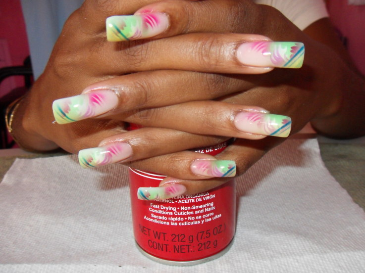 Airbrushed Nail Art |