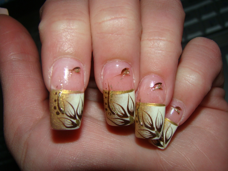 Gold Nail Art Designs 2