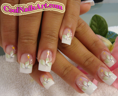 Lovely nail art done with brush many people love this design becuase it is simple and classy at the same time this nail art is basically a white tip prinsesfo Images