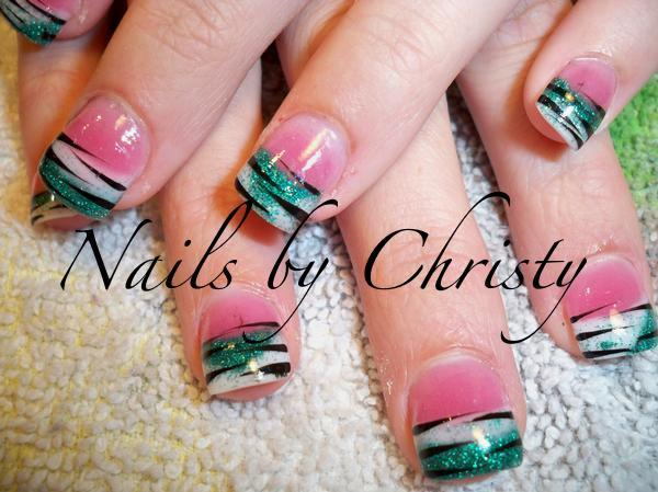 zebra-stripe-nail-art