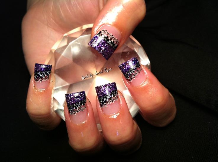 Purple Nail Art Design Grabbing Diamond |
